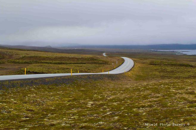 The road north to Þingvellir.
