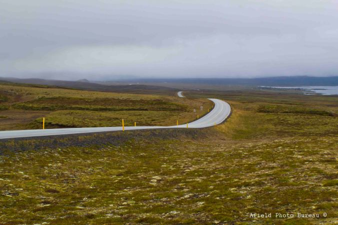 The road north to Þingvellir.
