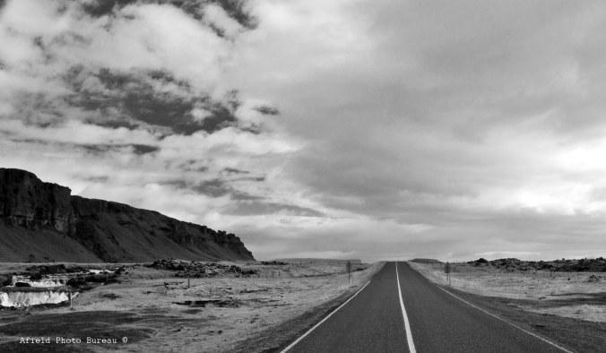 The road north to Vatnajökull.